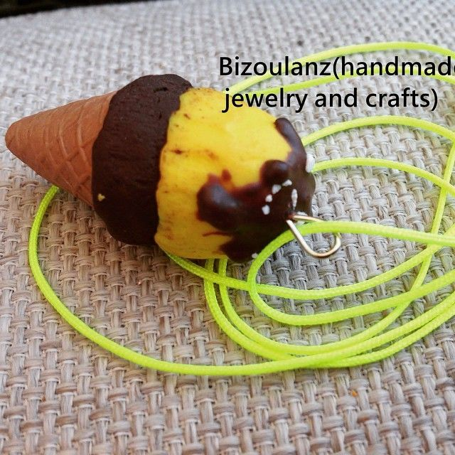 Polymer clay ice cream miniature necklace #polymerclay#miniaturefood#icecream#kawaii#necklace#neon#fimo#bizoulanz#handmade#κολιέ#πολυμερήςπηλός#παγωτό#μινιατούρα#χειροποίητο