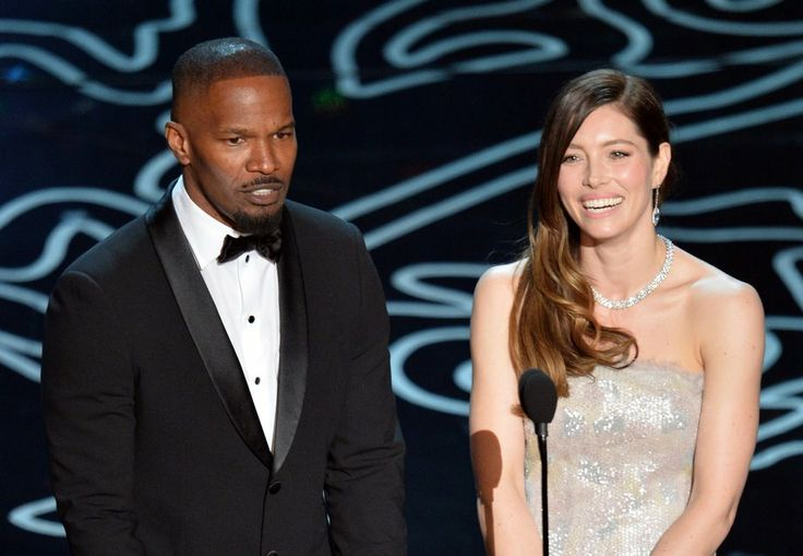 Jamie Foxx and Jessica Biel announce the nominees for original score.