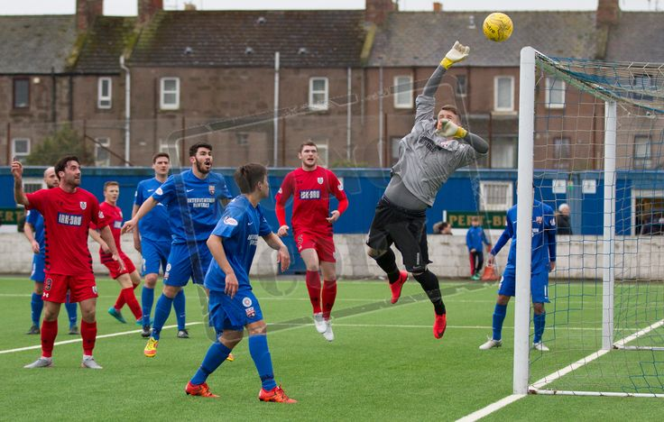 Montrose's keeper Jordan Miller saves during the SPFL League Two game between Montrose and Queen's Park. P