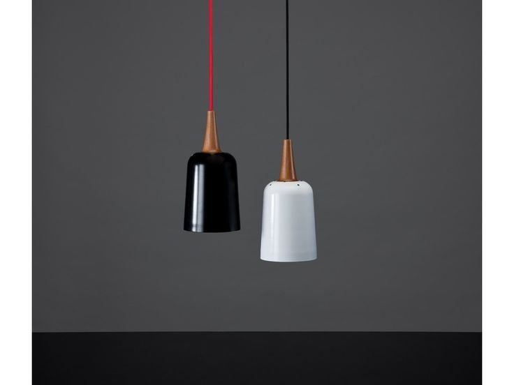 Ampel's sleek, curved form generates an unobtrusive, elegant pendant that hangs beautifully in either a cluster or line layout. KIWI DESIGN Tim Webber Design Awards Winner 2012 Design Folio I…