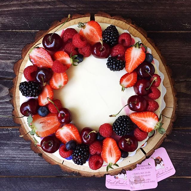 Вкуснятинки на ночь #foodbookcake #самый_весенний_торт от @epolovneva  и @kitchen_paradise