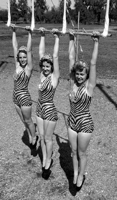 Circus Girls, 1950s//