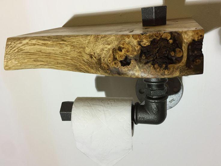 Toilettenpapierhalter aus Stahl Industrierohr und Massivholz aus Eiche. Industriestil Industrialstyle