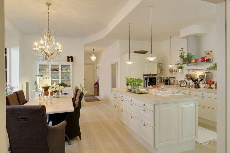 Cocina y comedor integrados living comedor cocina for Cocinas enchapadas