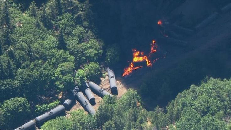 Nearly 24,000 safety defects found on oil train routes | KATU
