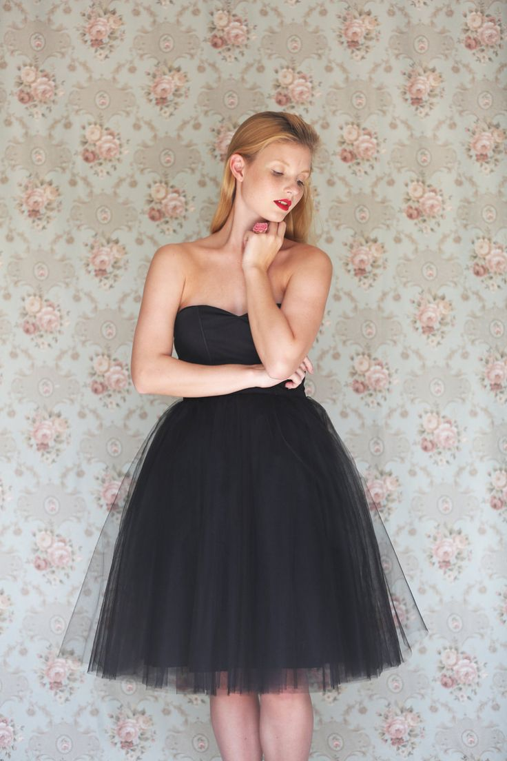 Women's Black tulle sweetheart strapless cotton by Julbyjuliagasin