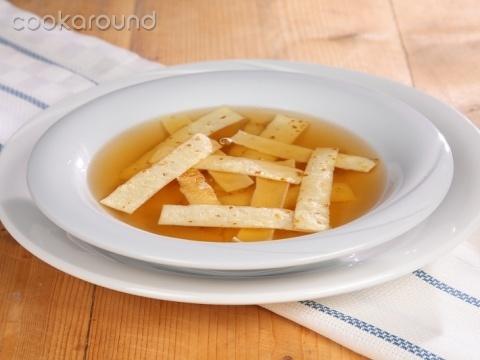 Zuppa con frittatine: Ricette Austria | Cookaround