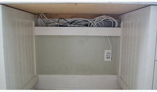 Meu Mini Apê: Dica: como esconder fios e cabos do home office (e outros ambientes)