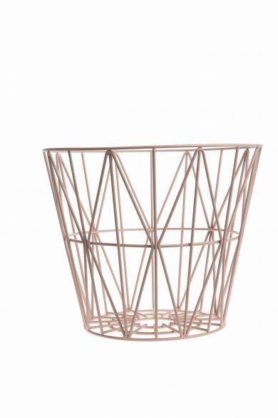 ferm LIVING - Wire Basket M - rosa (til at opbevare mit legetøj)
