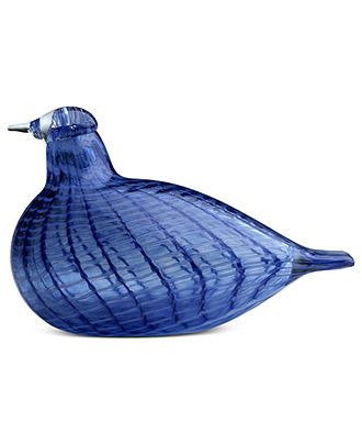 There's no mistaking iittala's blue bird, striped with vibrant color. First hatched in 1972 by artist Oiva Toikka, the fanciful Birds collection captures the nuances of each creature in beautiful mout