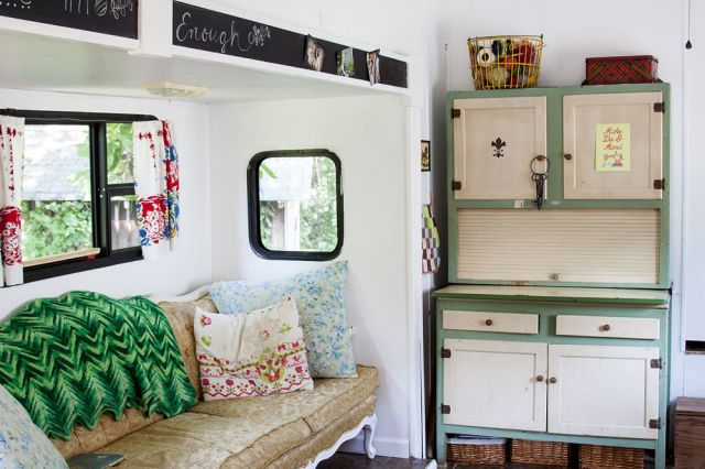 This Trailer Makeover Shows How a Little Simplifying Can Go a Long Way.