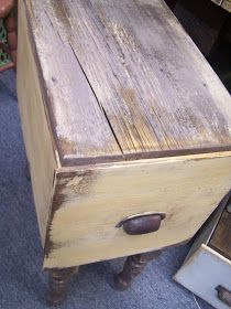 DIY::Repurpose an old drawer  into a side table with storage.  Or great way to use those big wooden boxes I found a few years ago!