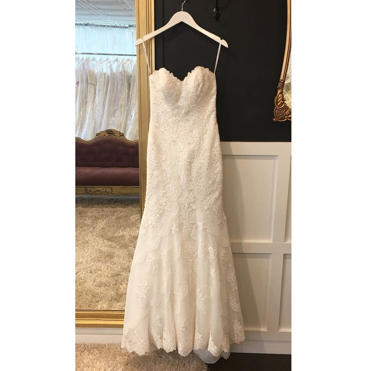 In boutique Essence of Australia size 4/6 Ivory $1000-