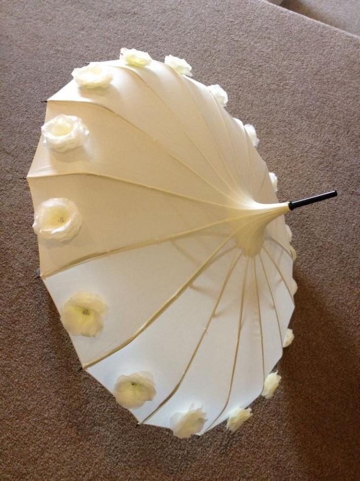 { Wedding Umbrella - White Umbrella }