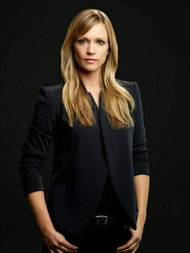 criminal minds Jennifer Jareau! This chic kicks serious butt!