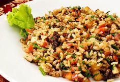 Salada de 7 Grãos Frutas Secas e Frango. Um salada perfeita para o verão, cheia de nutrientes e deliciosa. Fácil de preparar e muito prática.