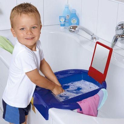 lavabo pour enfants avec serviettes de rotho id e eje. Black Bedroom Furniture Sets. Home Design Ideas