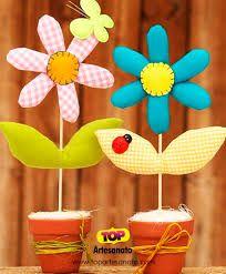Resultado de imagem para jarro com flores de tecido