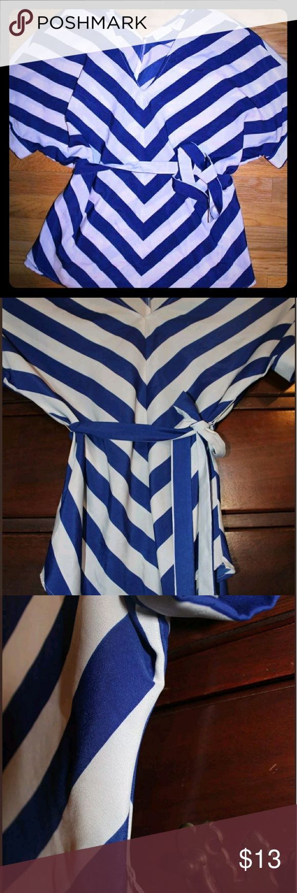 Large💎NY & Co. Blue White chevron blouse Polyester, gently used. No defects. Make an offer or TRADE New York & Company Tops