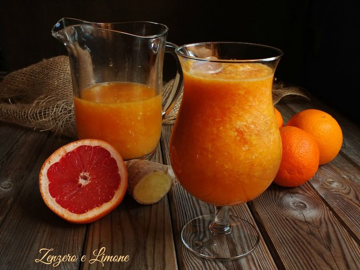 Questa bibita arancia, zenzero e pompelmo è un vero toccasana viste le innumerevoli proprietà benefiche di questi alimenti. Inoltre è buonissima.