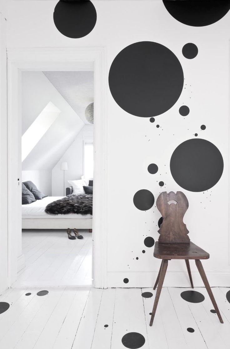 Eagle eyed susan dworski spotted this polka dot wall and floor in the portfolio of the