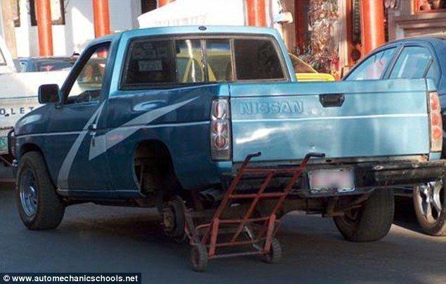 The 35 Funniest Car Repair Fails Of All Time… #22 Is Hysterical. - http://www.lifebuzz.com/car-fails/