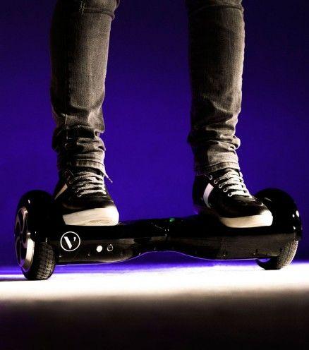 Achetez The Board, le nouveau skateboard électrique en exclusivité et au meilleur prix sur L'avant Gardiste.