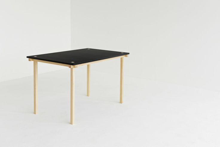 Knot Table. 121 x 74 cm. #mwa #makerswithagendas #mwadesign #agendadrivendesign #mwagram #nomadicliving #minimallogistics