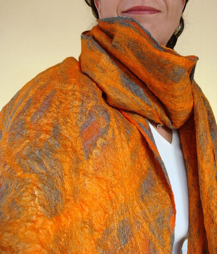 This breezy and loose scarf is hand-felted with the cobweb felting technique especially for you who look for an exceptional and silky-smooth gift for a unique occasion and for your beloved ones. Ma…