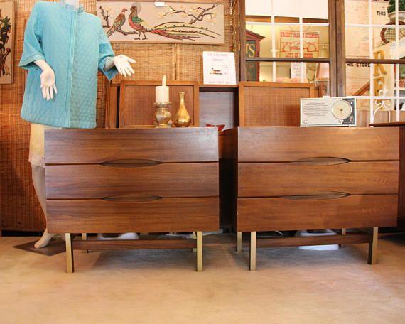 Best Mid Century Modern Walnut With Brass Bedroom Set American 400 x 300