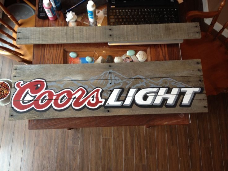 Coors Light pallet sign