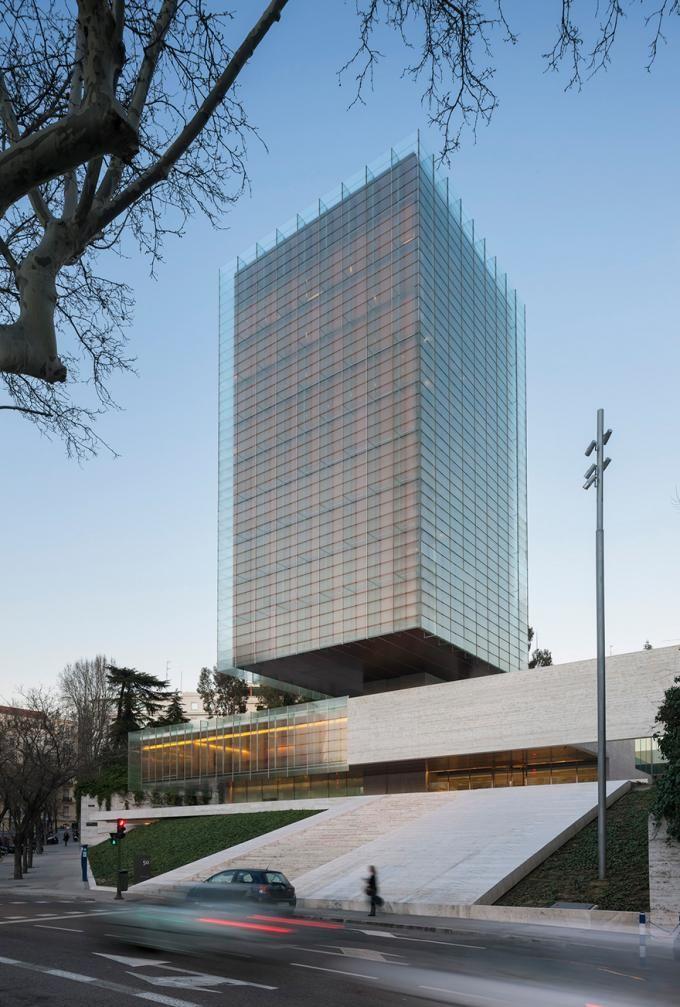 Edificio Castelar por Rafael de La-Hoz. Fotografía © cortesía de Rafael de La-Hoz Arquitectos.