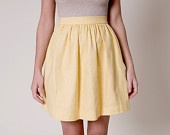 High waisted plaided mini skirt of cashmere and wool. €79,00, via Etsy.