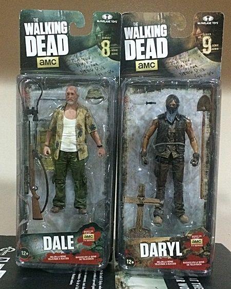 AMC Walking Dead Action Figure 2 Pack - Dale (Series 8) & Daryl (Series 9) #McFarlaneToys