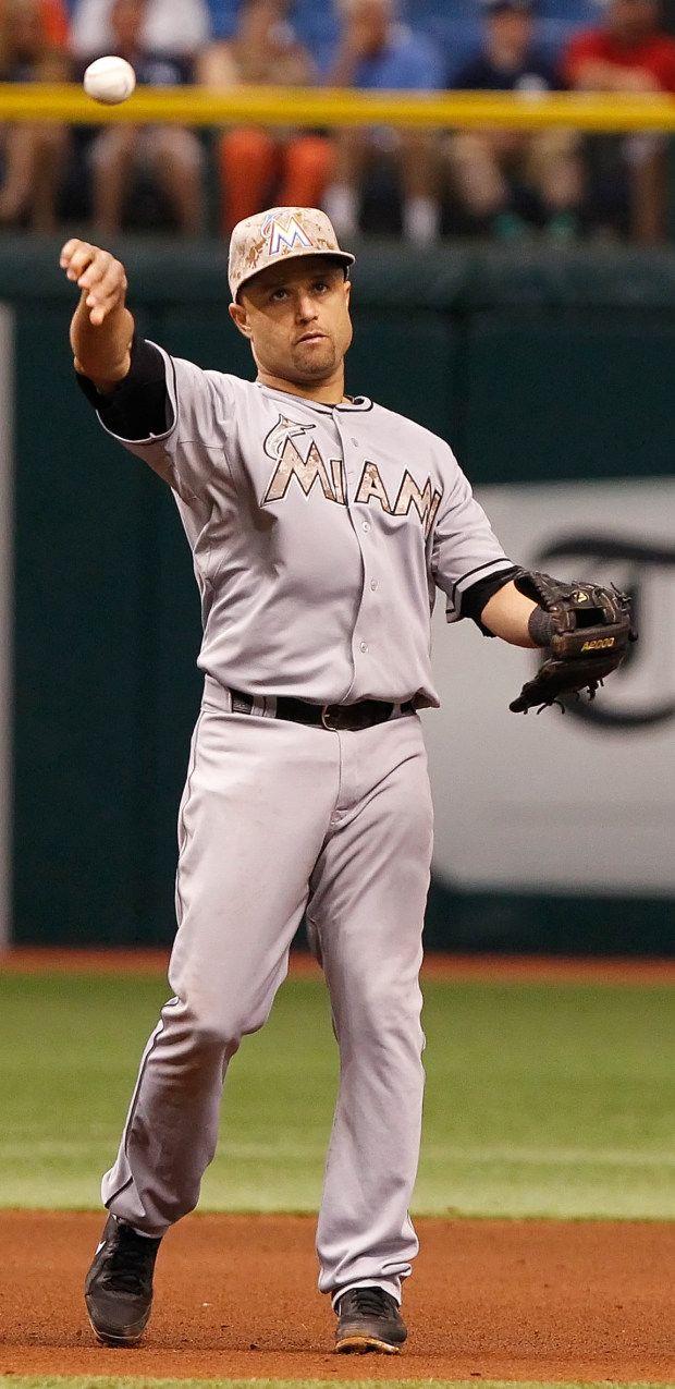 Miami Marlins camo baseball uniforms