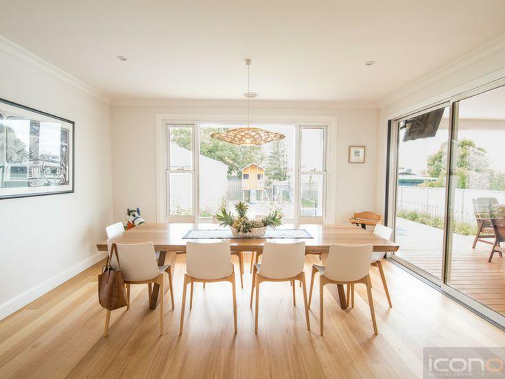 Stunning dining room! #diningroom #Australianhomes #family #table #iconobuildingdesign