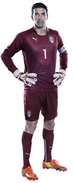 Italy World Cup 2014 Goalkeeper Kits Puma I support Italy team,they do it very well in every match