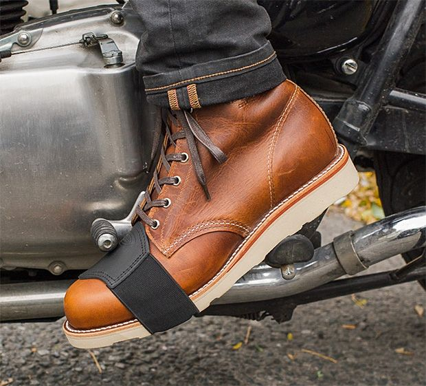 Shifter Boot Protector - Made of leather with an elasticized strap, the Shifter Boot Protector by Held slides over your shifting foot to protect the toe of your boots from scuffs & scrapes.