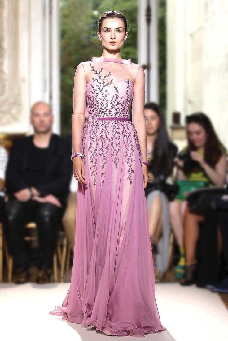 georges-hobeika-couture-fall-2012-029.jpg (800×1199)