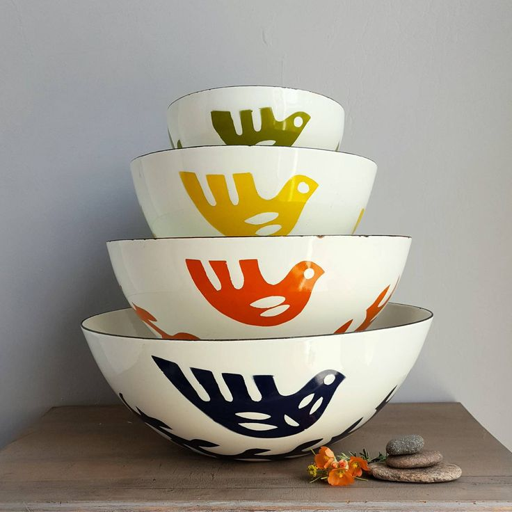 Hanova of Pasadena Dove 4 Bowl Set, 1960s Vintage Danish Modern Style Enamel Serving Bowls, Mid Century Kitchen, Cathrineholm, Finel Fans by StarliteRetro on Etsy