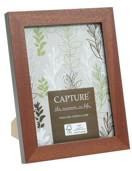 Add in a photo before you wrap this frame from @Myer MyStore for a more personal #gift #Christmas #ideas #MacquarieCentre