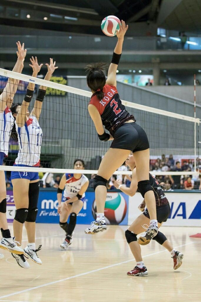 Pin By Nana On Motivation In 2020 Female Volleyball Players Volleyball Players Volleyball Photos