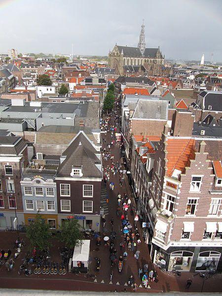File:Haarlem - Grote Houtstraat.jpg