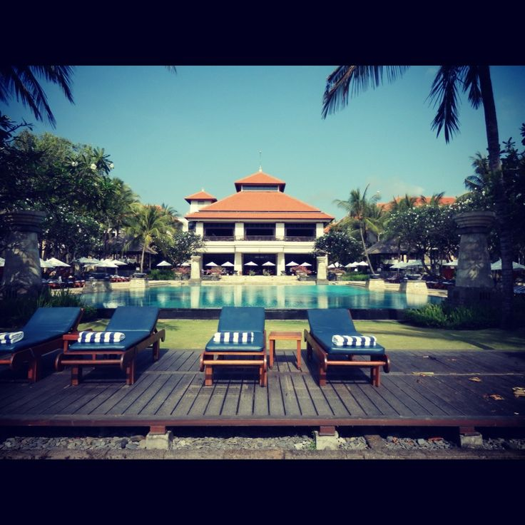 You can always find plenty of sun lounges around all the pools of the Conrad Bali Resort.