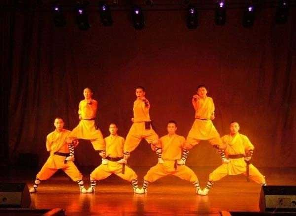 The Red Theatre in Beijing is extremely famous for its grand and extravagant Kung Fu performance. The theatre has one of the best Kung Fu performers in the city. The theatre organizes very colorful and vibrant performances, with bright costumes, groovy music, and splendid blend of modern and traditional Kung Fu art. #China #Kungfushow
