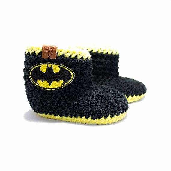 Batman Unisex Crochet Baby Booties Size 3-6M: Black by KorkeKids