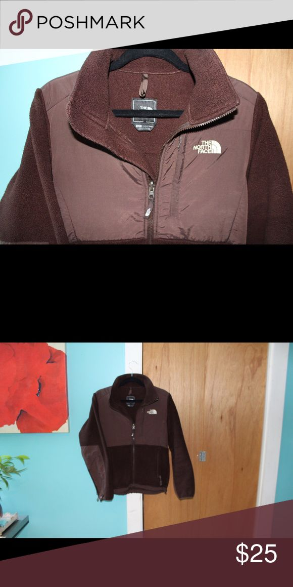 Brown Woman's North Face RESERVED 💕 Small North Face! North Face Jackets & Coats