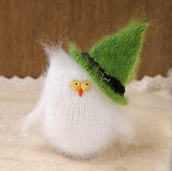 Owl stuffed toy Hand-Knitted owl Amigurumi Miniature owl Doll