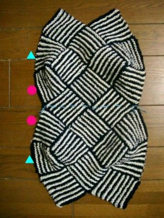 Sewing schmatic for handbag. via tatena.ne.jp/ishi-knit
