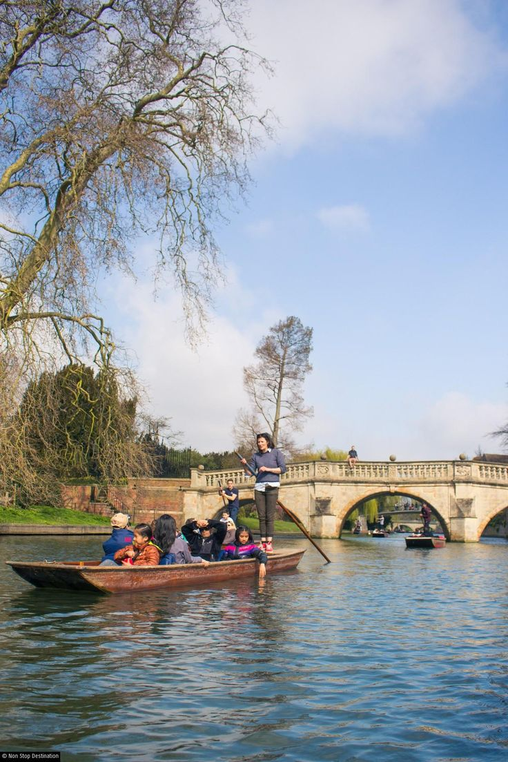 Punting on the river Cam in Cambridge, England - Non Stop Destination